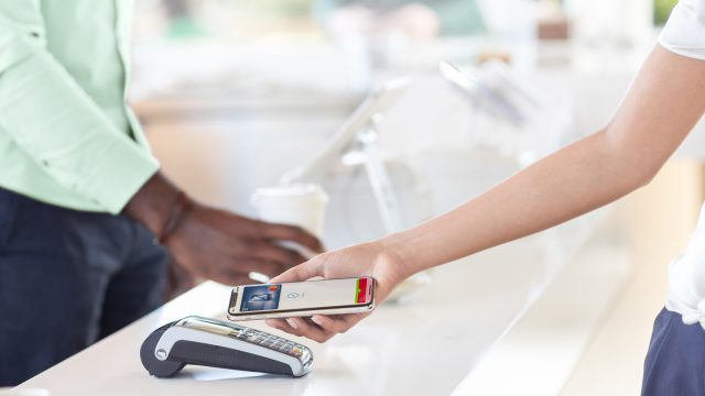 Apple Pay mit iPhone bezahlen