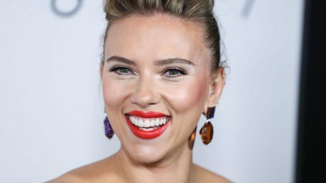 """""""Black Widow""""-Star Scarlett Johansson bei der Filmpremiere von """"Marriage Story""""."""