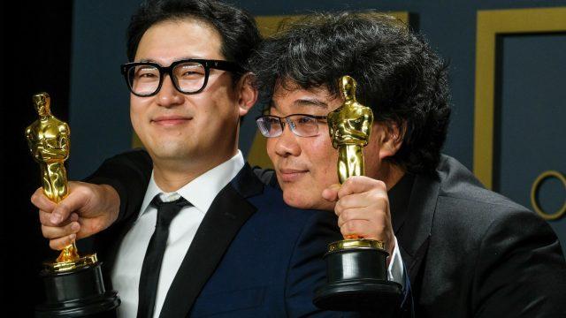 """""""Parasite""""-Drehbuchautoren Han Jin-won und Bong Joon-ho."""