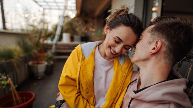 Google Assistant am Valentinstag: Diese Befehle machen Dein Zuhause romantischer
