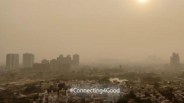 Smog über Neu Dehli, der für Tinte aus CO2 genutzt wird.