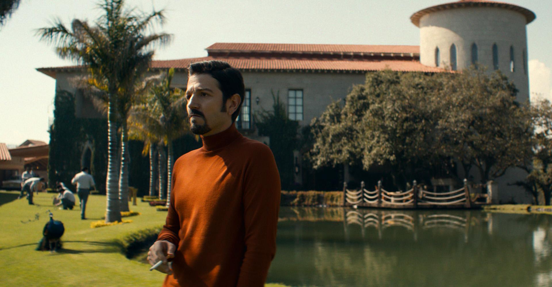 Diego Luna in Narcos: Mexico