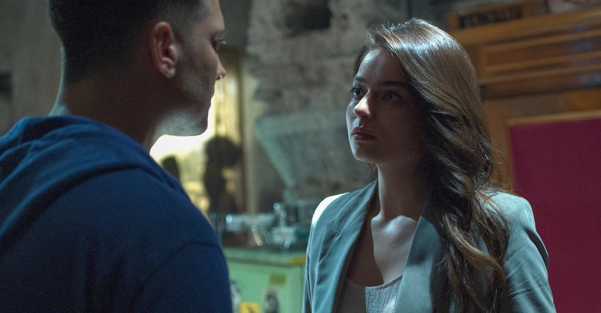 Ayça Aysin Turan als Leyla Sancak in The Protector