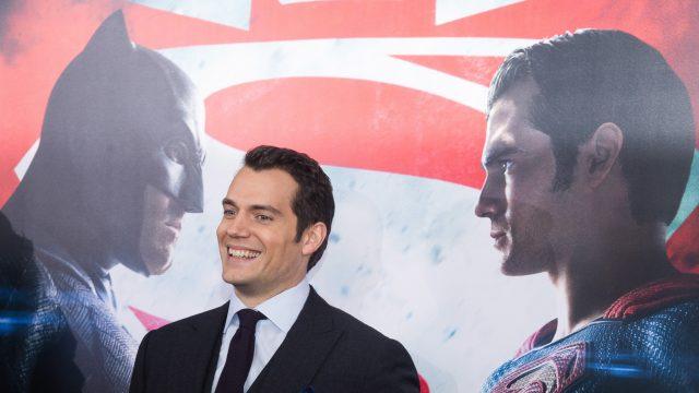 Superman: Henry Cavill hängt sein Cape noch nicht an den Nagel