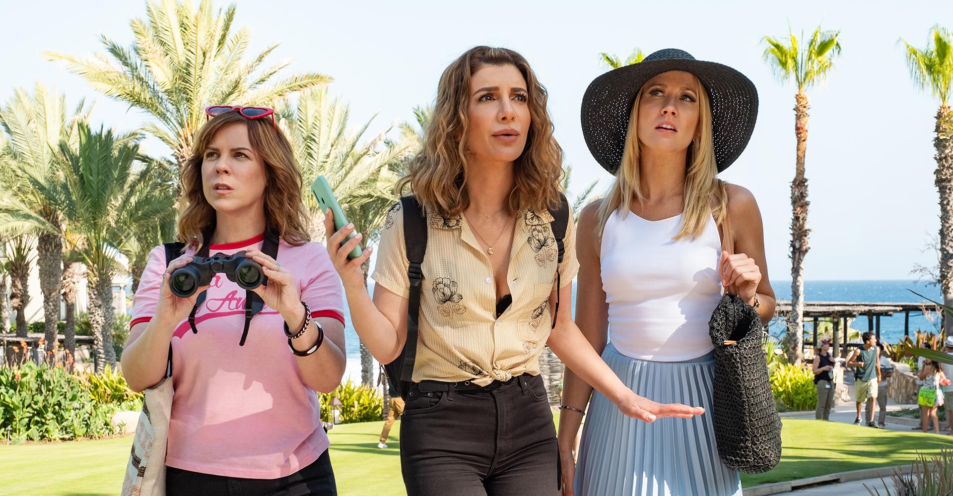 Sarah Burns, Nasim Pedrad und Anna Camp in Desperados von Netflix