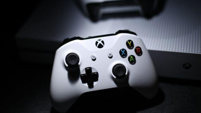 Weißer Xbox-Controller