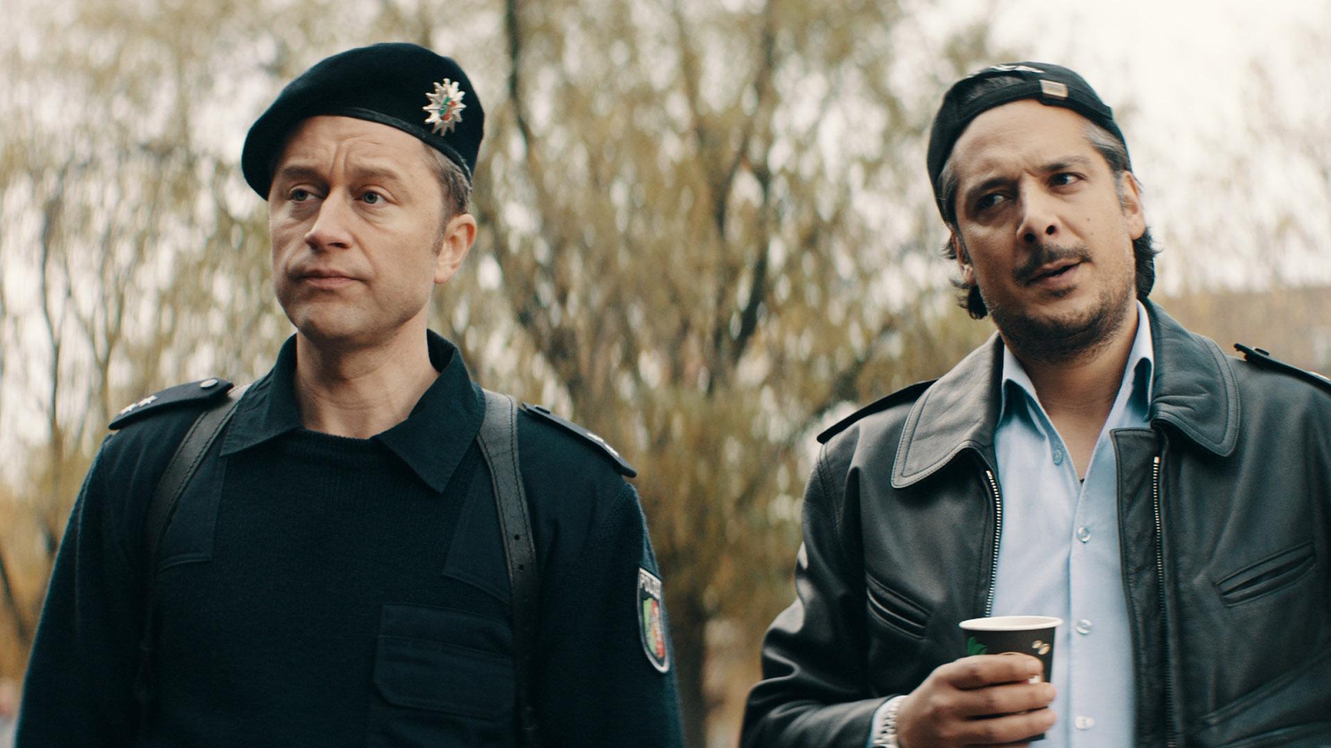 "Adrian Topol und Erkan Acar in ""Faking Bullshit"""