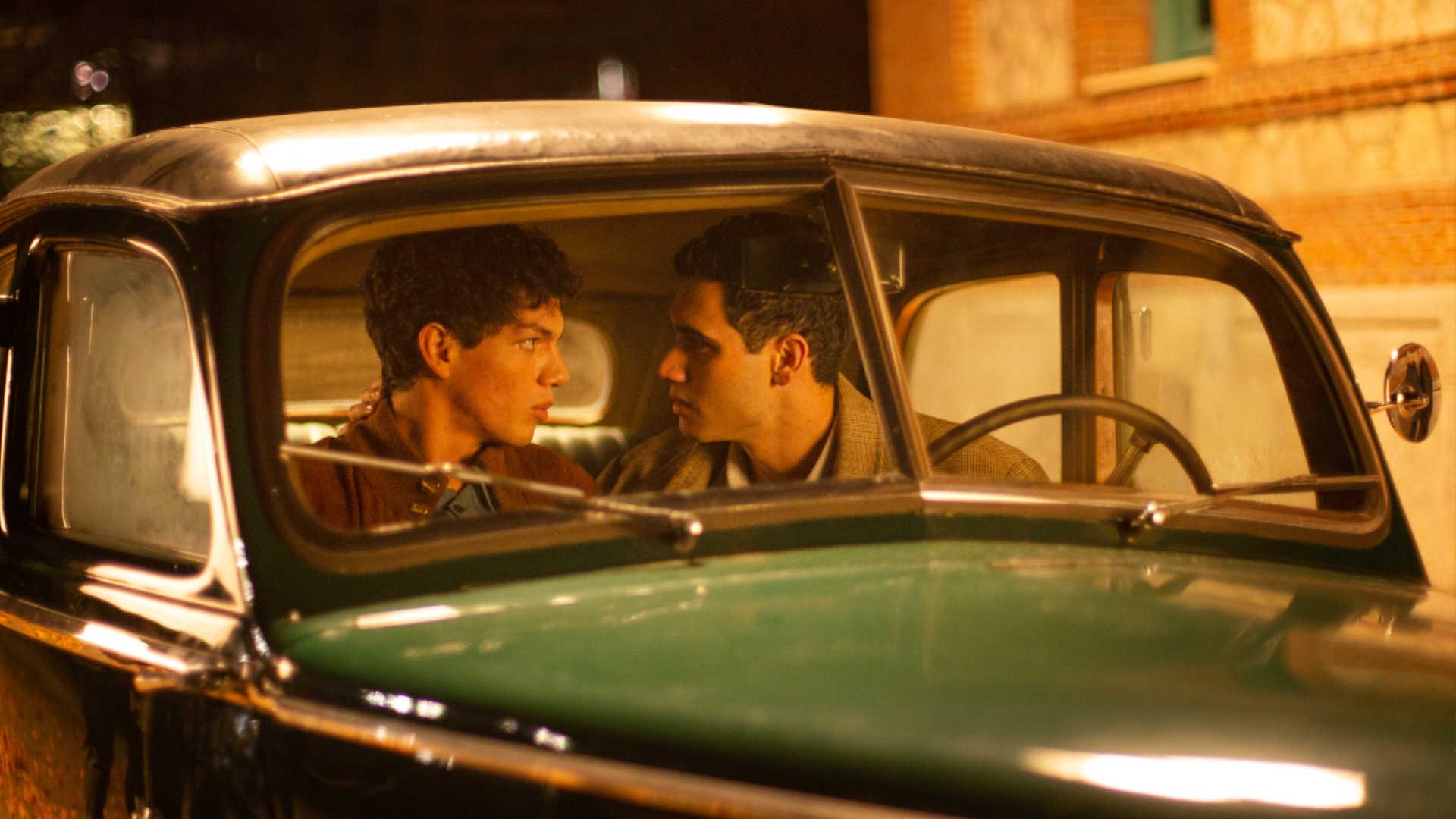 Alejandro Speitzer in Jemand muss sterben bei Netflix