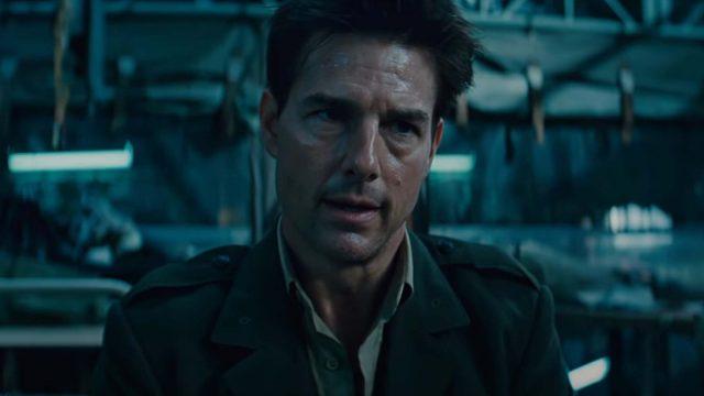 "Tom Cruise in ""Edge of Tomorrow"""