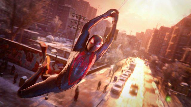 Miles Morales schwingt in Spider-Man