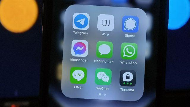 Messenger WhatsApp, Signal, Telegram, Threema und mehr auf einem Smartphone
