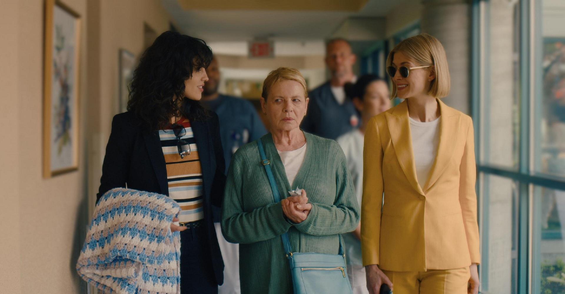 Der Cast von I Care A Lot