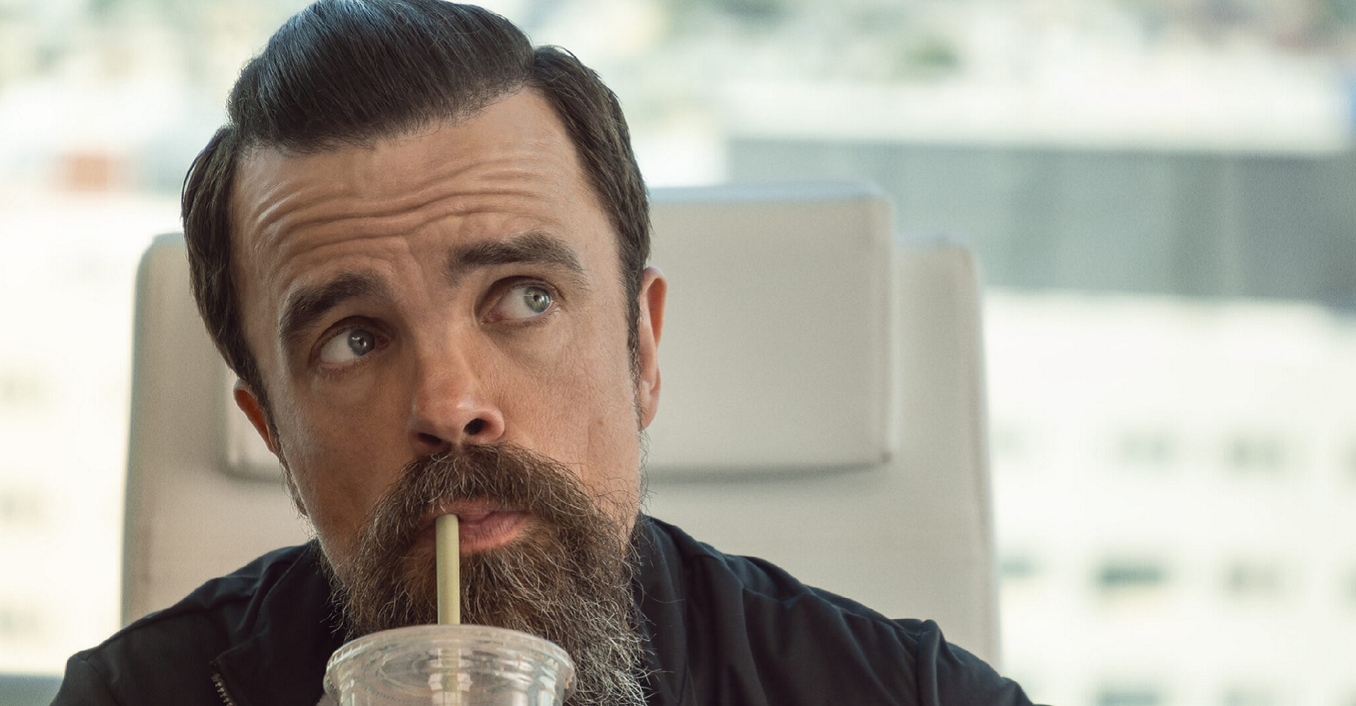 Peter Dinklage in I Care a Lot