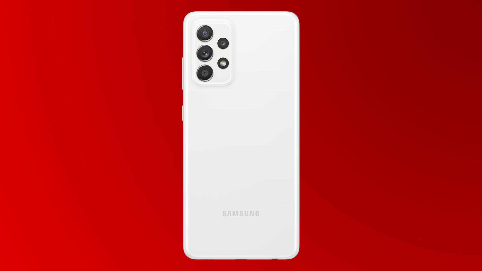 Das Samsung Galaxy A 52 5G in Weiß mit Quad-Kamera.