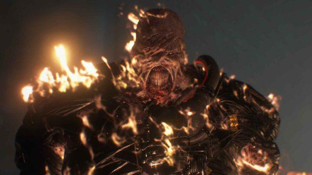 """Das brennende Monster """"Nemesis"""" in """"Resident Evil 3""""."""