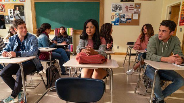 MAITREYI RAMAKRISHNAN als Devi in Staffel 2 von Noch nie in meinem Leben