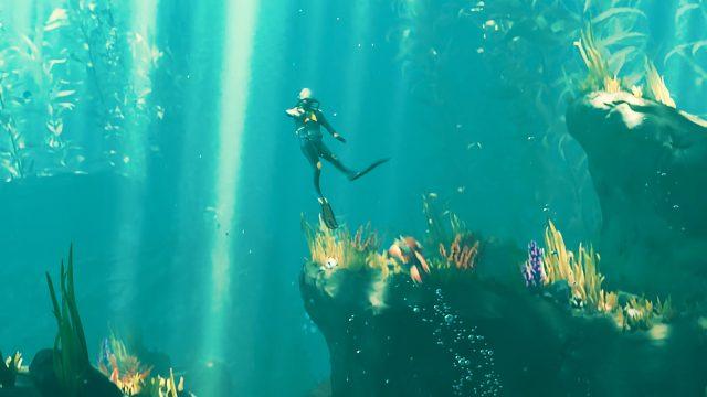 Der Spieler wird in Subnautica: Below Zero von einem Kracherfisch attackiert