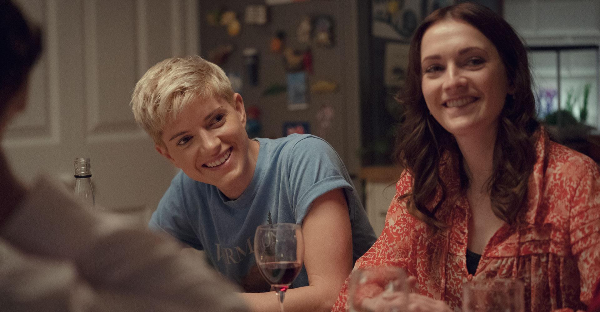 Charlotte Ritchie und Mae Martin in Feel Good