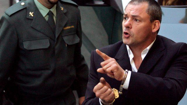 Tony Alexander King wird für den Mord an der Costa del Sol verhaftet.