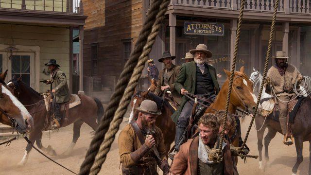 """Cowboys und Arbeiter in der Serie """"Godless""""."""
