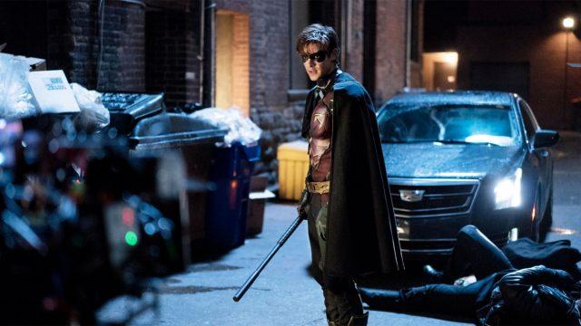 Brenton Thwaites als Dick Grayson in Staffel 3 von Titans