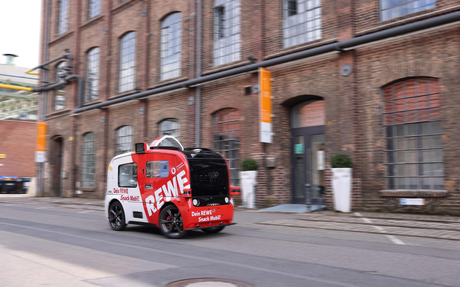 Das REWE Snackmobil fährt erstmals im Carlswerk