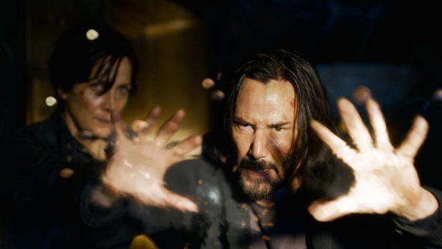 Neo und Trinity im Film Matrix 4