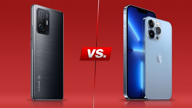 Xiaomi 11T Pro und iPhone 13 Pro nebeneinander vor rotem Hintergrund