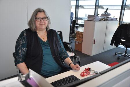 Die Shopping-Queen im Rollstuhl – so meistert Petra ihren Vodafone-Arbeitstag