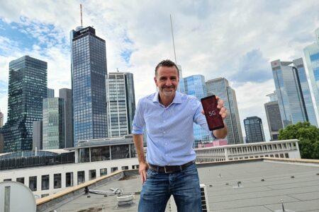 Vodafone baut 5G jetzt in allen Frequenz-Bereichen