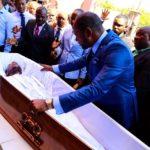 فيديو قسيس أفريقي رجع شخص من الموت؟!