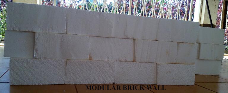RECYCLED PLASTICS MODULAR BRICKS