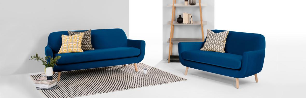 Blauwe Design Bank.Vijf Gave Bankstellen Voor In Jouw Huis Woonhome Woonhome
