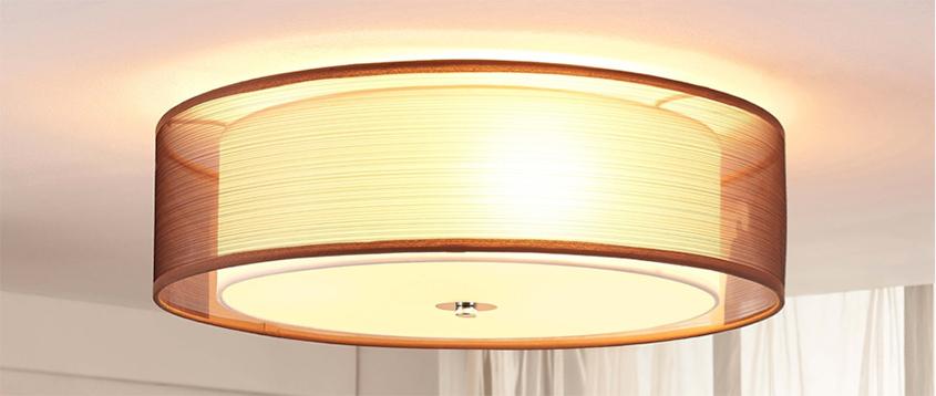 zorg voor een mooie grote lamp die in de avond en ochtend niet te fel is in de slaapkamer