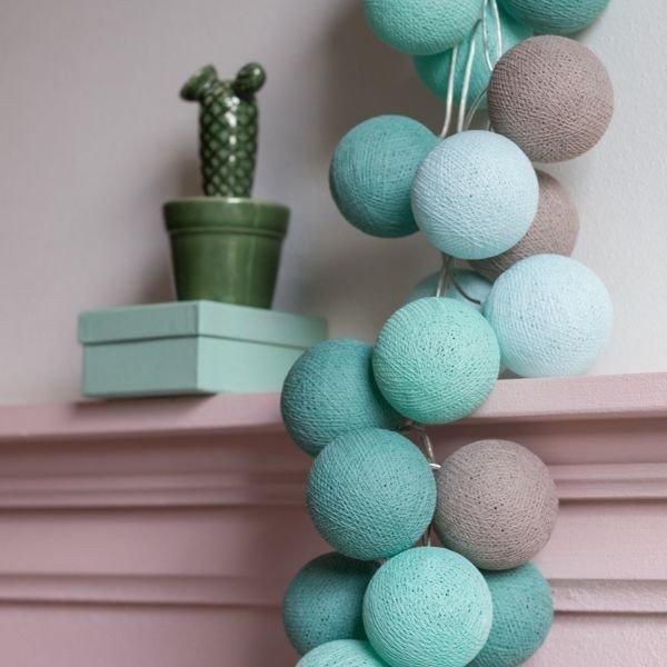 Mint - 35 cottonballs