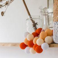 Orange - 20 cottonballs