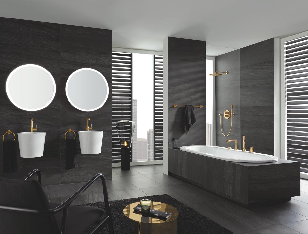 Laat je moderne badkamer shinen met goudkleurige badkamerkranen.