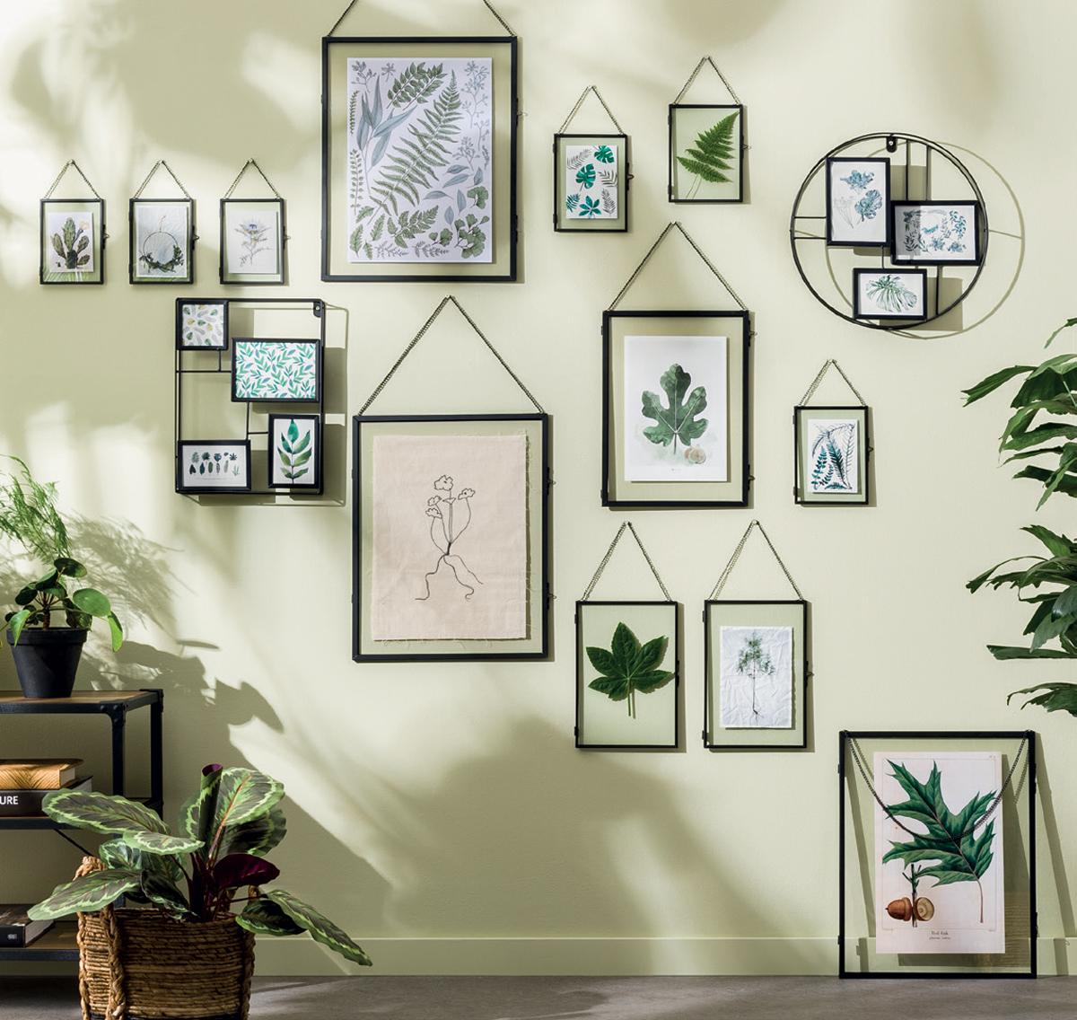 Sierlijsten aan de muur kunnen je interieurstijl verduidelijken.