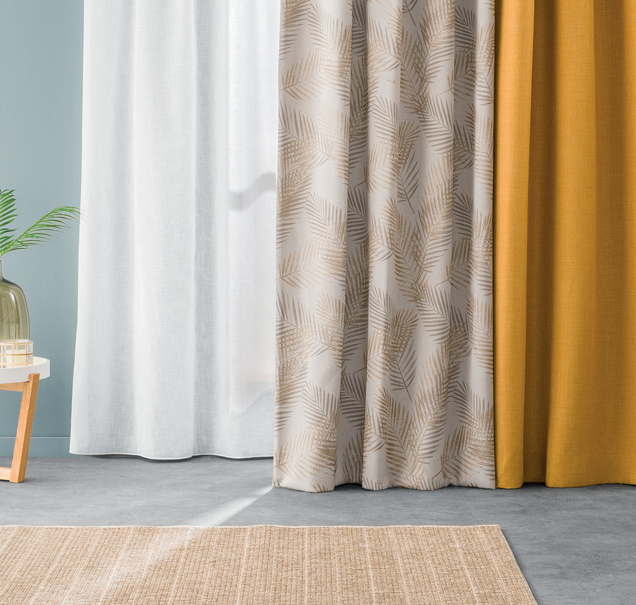 Strakke gordijnen op maat gemaakt, kleden je interieur helemaal af.