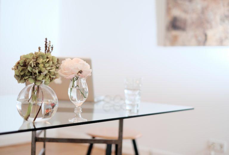 dekorierte Wohnung, Wohnungsbesichtigung