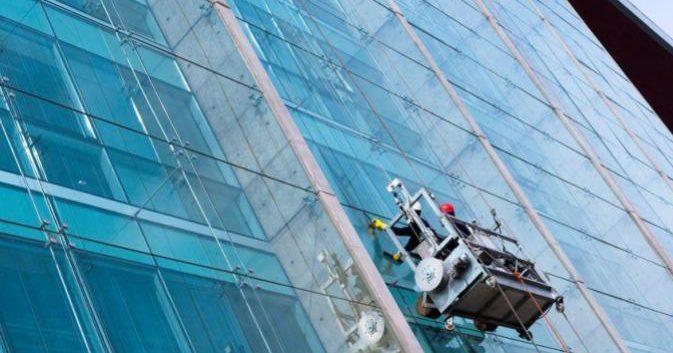 solución para la limpieza de ventanas