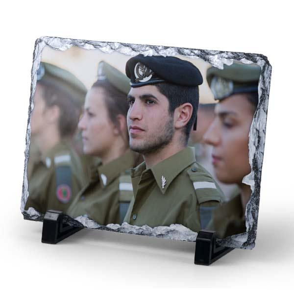 הדפסה של תמונה אישית על אבן בזלת