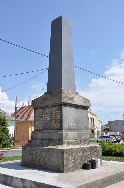 Az I. világháborús hősi halottak emlékműve