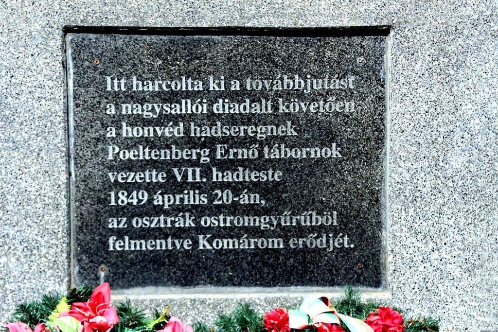 A köbölkúti csata emlékműve