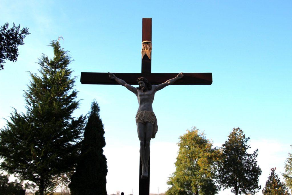 A padányi temető nagykeresztje