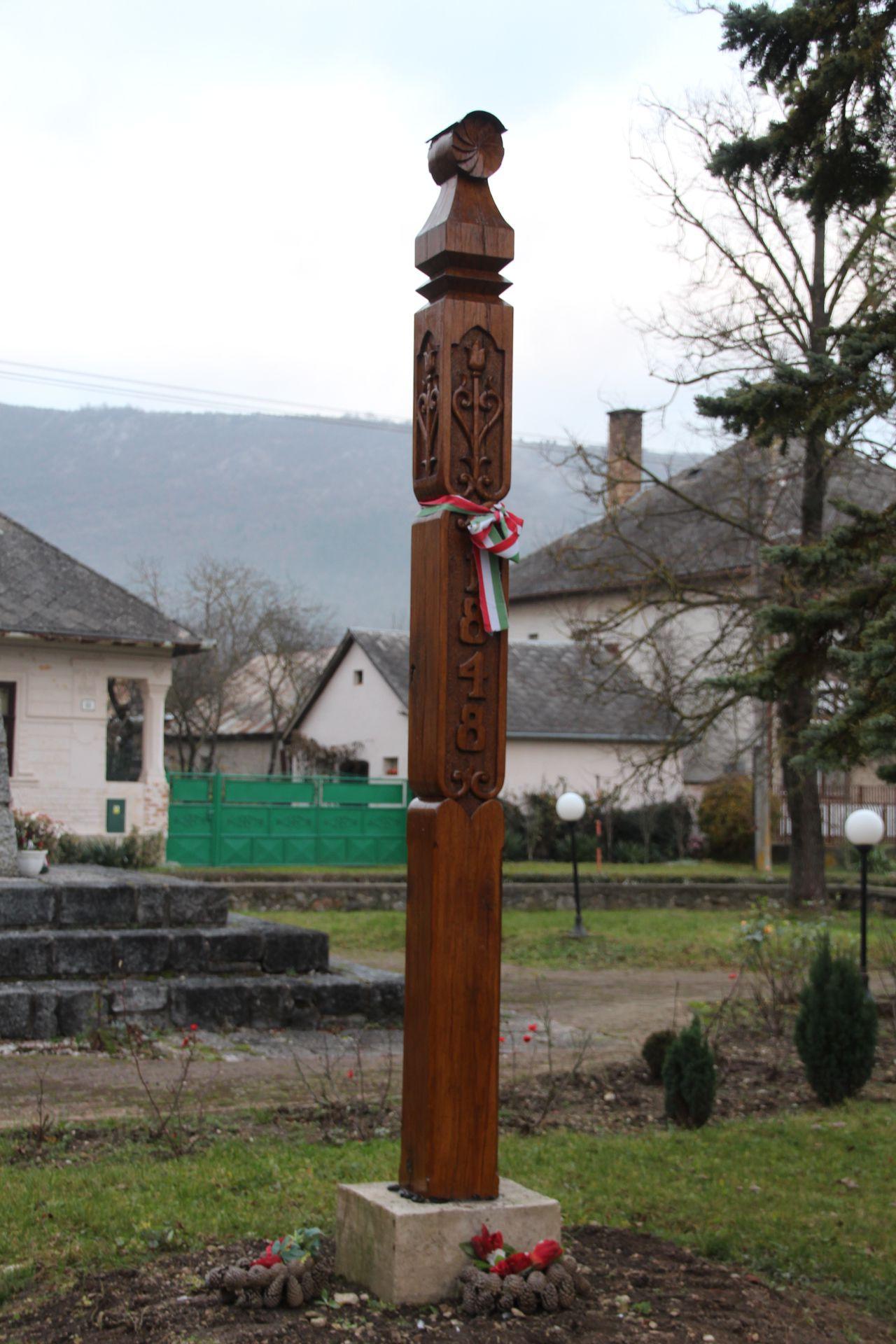 Kopjafa az 1848-49-es szabadságharc emlékére