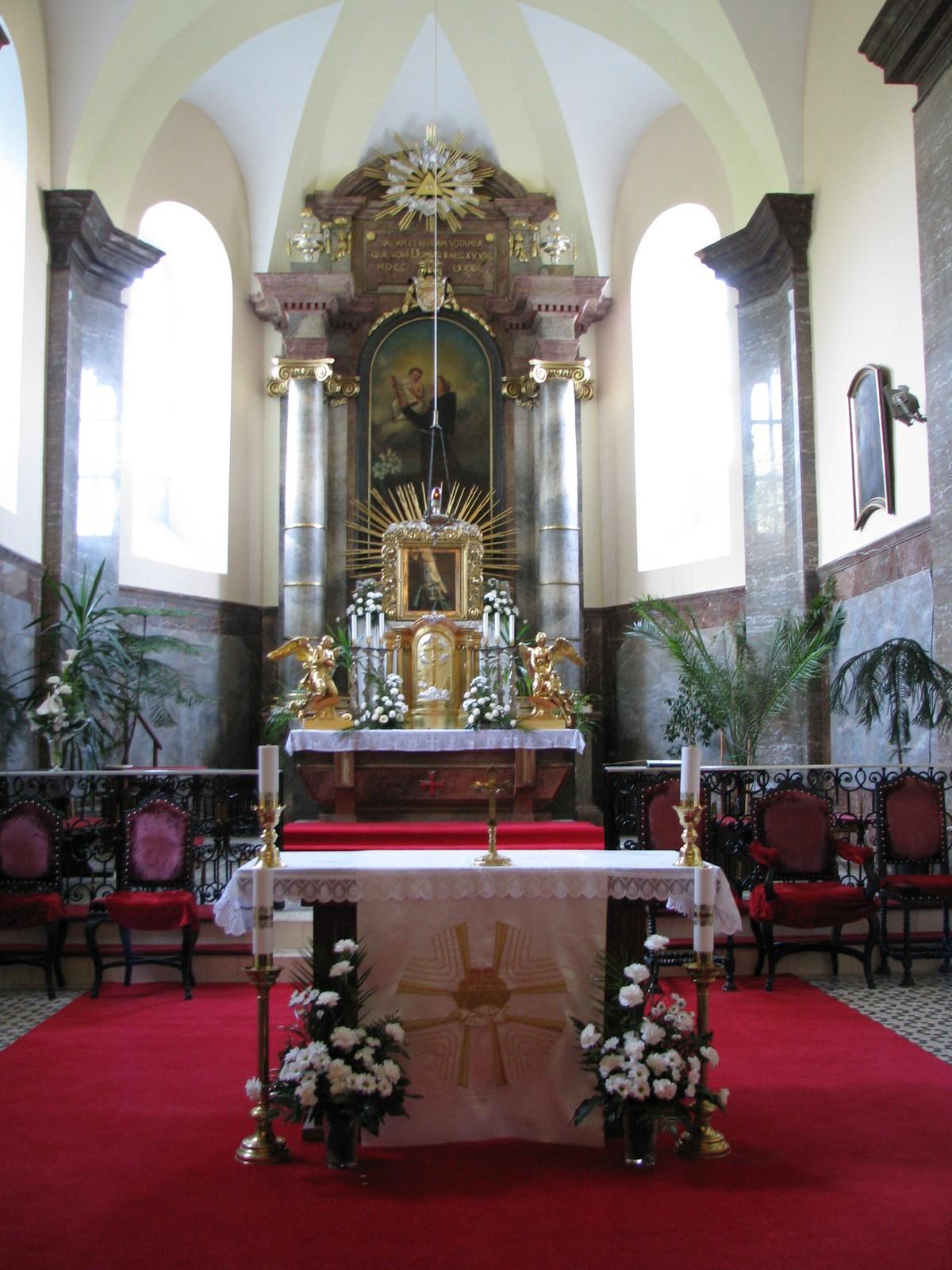 A bacsfa-szentantali katolikus templom