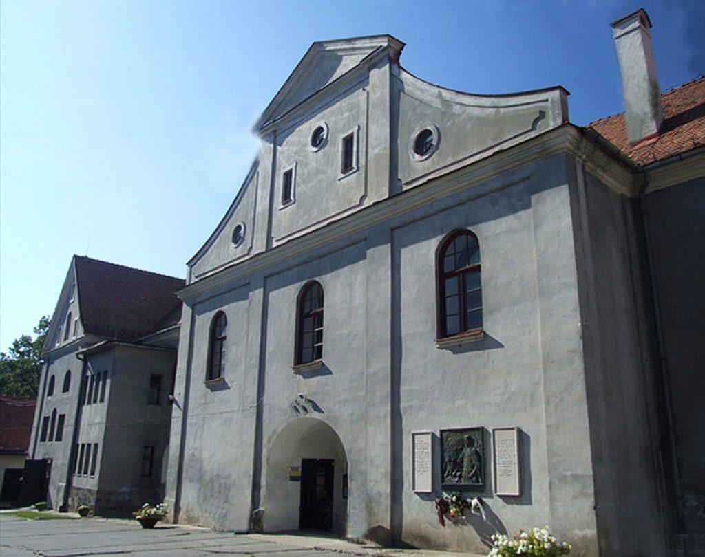 Balassi Bálint-emléktábla Kékkőn