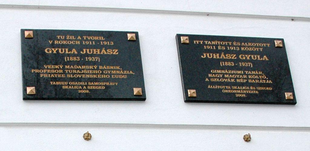 Juhász Gyula emléktáblája