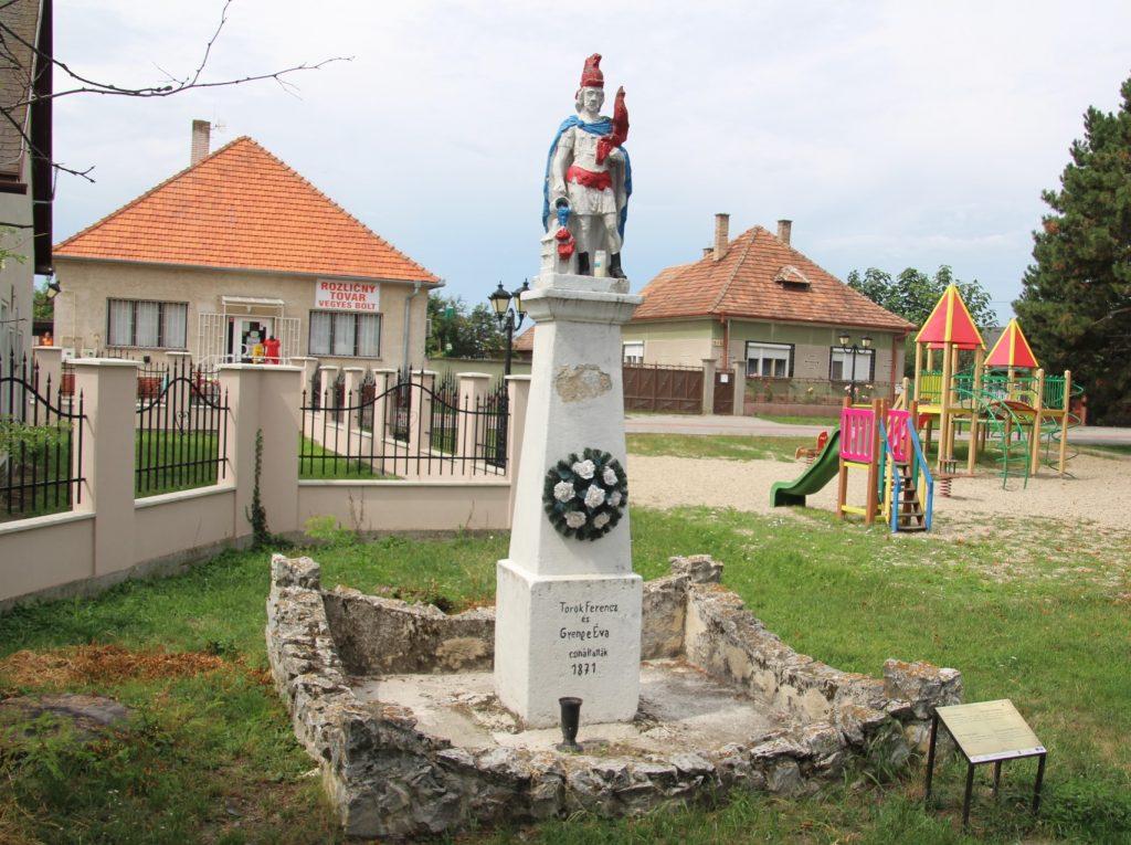 tallos-szent-florian-szobor (3)